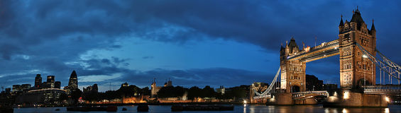 γέφυρα Λονδίνο towe Στοκ Φωτογραφίες