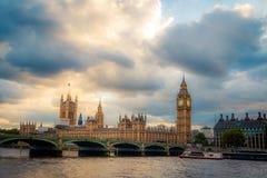 Γέφυρα Λονδίνο UK Big Ben Γουέστμινστερ Στοκ Εικόνα