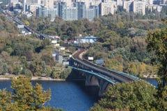 Γέφυρα μετρό στοκ φωτογραφίες