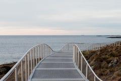 Γέφυρα με την άποψη οριζόντων Στοκ Εικόνα