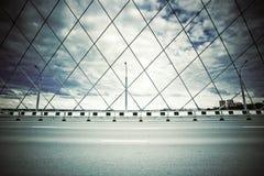 Γέφυρα με τη δομή ζευκτόντων και κατώτατος-τοποθετημένος Στοκ εικόνα με δικαίωμα ελεύθερης χρήσης