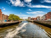Γέφυρα μισών πενών στο Δουβλίνο Ιρλανδία Στοκ φωτογραφία με δικαίωμα ελεύθερης χρήσης