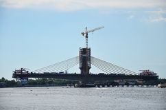 Γέφυρα οικοδόμησης κτηρίου Στοκ Εικόνα