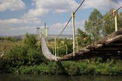 γέφυρα πέρα από τον ποταμό Στοκ Εικόνα