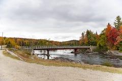 Γέφυρα πέρα από τον ποταμό Androscoggin Στοκ φωτογραφία με δικαίωμα ελεύθερης χρήσης