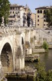 Γέφυρα πέρα από το Tiber στοκ φωτογραφία