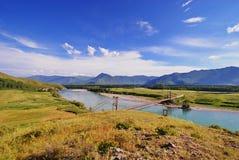 Γέφυρα πέρα από Katun στοκ φωτογραφία