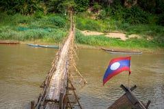 Γέφυρα ποδιών μπαμπού σε Luang Prabang Λάος Στοκ Εικόνα