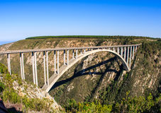 Γέφυρα ποταμών Bloukrans στη διαδρομή κήπων στη Νότια Αφρική Θόριο Στοκ φωτογραφία με δικαίωμα ελεύθερης χρήσης