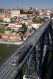 γέφυρα που διασχίζει το &t Στοκ φωτογραφία με δικαίωμα ελεύθερης χρήσης