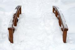 Γέφυρα που καλύπτεται με το χιόνι Στοκ Εικόνες