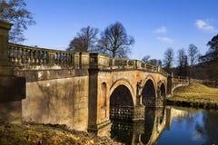 γέφυρα που συχνάζεται στοκ φωτογραφίες