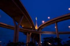 γέφυρα που διασχίζει την &e Στοκ Φωτογραφίες