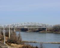 Γέφυρα πόλεων του Jefferson στοκ εικόνες
