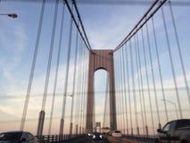 Γέφυρα πόλεων της Νέας Υόρκης στο σούρουπο Στοκ φωτογραφίες με δικαίωμα ελεύθερης χρήσης