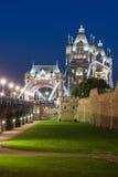 Γέφυρα πύργων τη νύχτα Στοκ φωτογραφίες με δικαίωμα ελεύθερης χρήσης