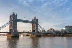 Γέφυρα πύργων το πρωί, Λονδίνο, Αγγλία Στοκ φωτογραφίες με δικαίωμα ελεύθερης χρήσης