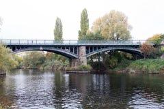 Γέφυρα σιδηροδρόμων χάλυβα Στοκ εικόνα με δικαίωμα ελεύθερης χρήσης