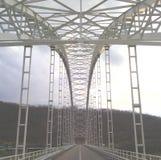 Γέφυρα στη λίμνη στοκ εικόνα με δικαίωμα ελεύθερης χρήσης