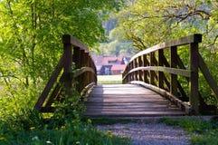 Γέφυρα στη φύση Στοκ εικόνες με δικαίωμα ελεύθερης χρήσης