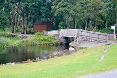 Γέφυρα στις καταστροφές του Ross Castle σε Killarney, Ιρλανδία Στοκ φωτογραφία με δικαίωμα ελεύθερης χρήσης