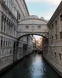 Γέφυρα της Βενετίας doges στεναγμών του παλατιού και του καναλιού Στοκ Φωτογραφίες