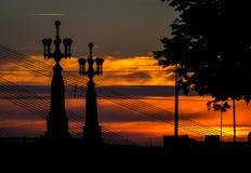 Γέφυρα της Ρήγας, Λετονία στο ηλιοβασίλεμα στοκ εικόνες με δικαίωμα ελεύθερης χρήσης