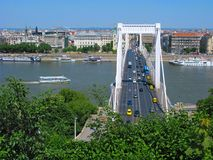 Γέφυρα της Elizabeth πέρα από τον ποταμό Δούναβη, Βουδαπέστη Στοκ Εικόνες
