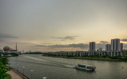 Γέφυρα της Seri Wawasan σε Putrajaya, Μαλαισία Στοκ φωτογραφία με δικαίωμα ελεύθερης χρήσης