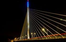 Γέφυρα τη νύχτα Στοκ φωτογραφία με δικαίωμα ελεύθερης χρήσης
