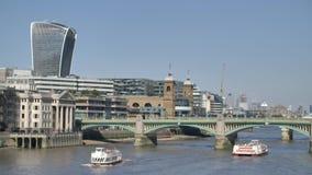Γέφυρα του Λονδίνου Southwark φιλμ μικρού μήκους