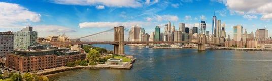 Γέφυρα του Μπρούκλιν και εικονική παράσταση πόλης της Νέας Υόρκης στοκ εικόνες με δικαίωμα ελεύθερης χρήσης