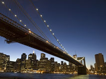 Γέφυρα του Μπρούκλιν dusk Στοκ Φωτογραφία