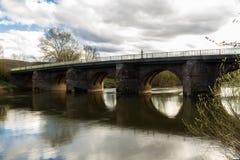 Γέφυρα του Ουίλτον που διασχίζει Wye ποταμών κοντά στο Ross Wye Στοκ εικόνα με δικαίωμα ελεύθερης χρήσης