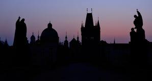 Γέφυρα του Charles στην αυγή, Πράγα Στοκ Φωτογραφίες