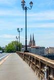 Γέφυρα του Pont-Saint-Esprit πέρα από τον ποταμό Adour Bayonne Aquitaine, Γαλλία στοκ εικόνες με δικαίωμα ελεύθερης χρήσης