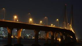 Γέφυρα το βράδυ Στοκ φωτογραφίες με δικαίωμα ελεύθερης χρήσης