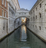 Γέφυρα των στεναγμών, dei Sospiri Ponte σε Venezia, Βενετία Ιταλία στοκ εικόνες με δικαίωμα ελεύθερης χρήσης