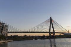 Γέφυρα Anzac στο σούρουπο στο Σίδνεϊ Αυστραλία που βλέπει από Pyrmont Στοκ Εικόνες