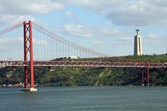 Γέφυρα avril 25 της Λισσαβώνας Στοκ Εικόνα