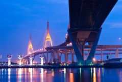 Γέφυρα Bhumibol, η βιομηχανική γέφυρα δαχτυλιδιών Στοκ Εικόνες