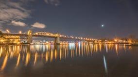Γέφυρα Burrard στη νύχτα στοκ φωτογραφία