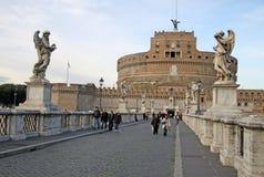 Γέφυρα Castel Sant'Angelo στη Ρώμη, Ιταλία Στοκ Φωτογραφίες