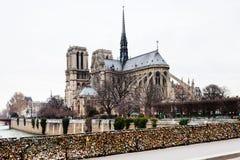Pont de l'Archeveche με το λουκέτο αγάπης στο Παρίσι Στοκ Εικόνα