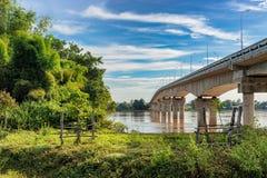 Γέφυρα DoneKong πέρα από το Mekong ποταμό σε Muang Khong, Λάος Στοκ Φωτογραφία