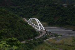 Γέφυρα Douna στο εθνικό πάρκο Maulin, Ταϊβάν Στοκ Φωτογραφίες