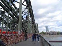 Γέφυρα Hohenzollern, Κολωνία στοκ φωτογραφία