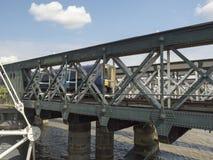 Γέφυρα Hungerford και χρυσές γέφυρες ιωβηλαίου, Λονδίνο Στοκ Φωτογραφία