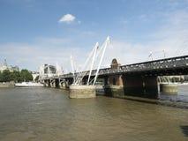 Γέφυρα Hungerford και χρυσές γέφυρες ιωβηλαίου, Λονδίνο Στοκ Εικόνες