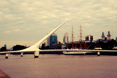 Γέφυρα madero Puerto mujer Στοκ Φωτογραφίες